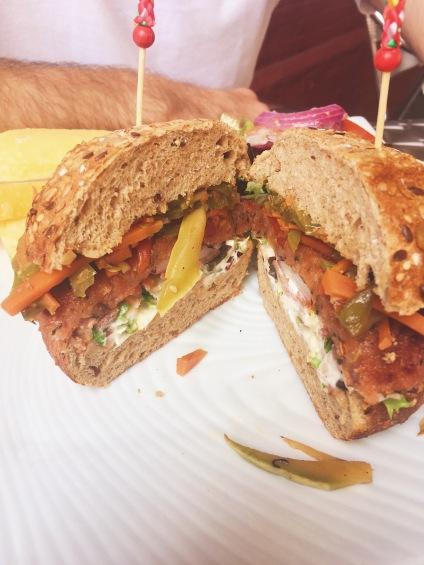 Burger Vegan, frites et mayo vegan !